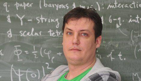 Šuvakov: Nije u redu u ovoj godini podizati školarine